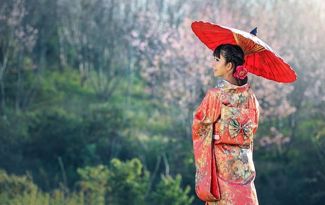 gejša s deštníkem